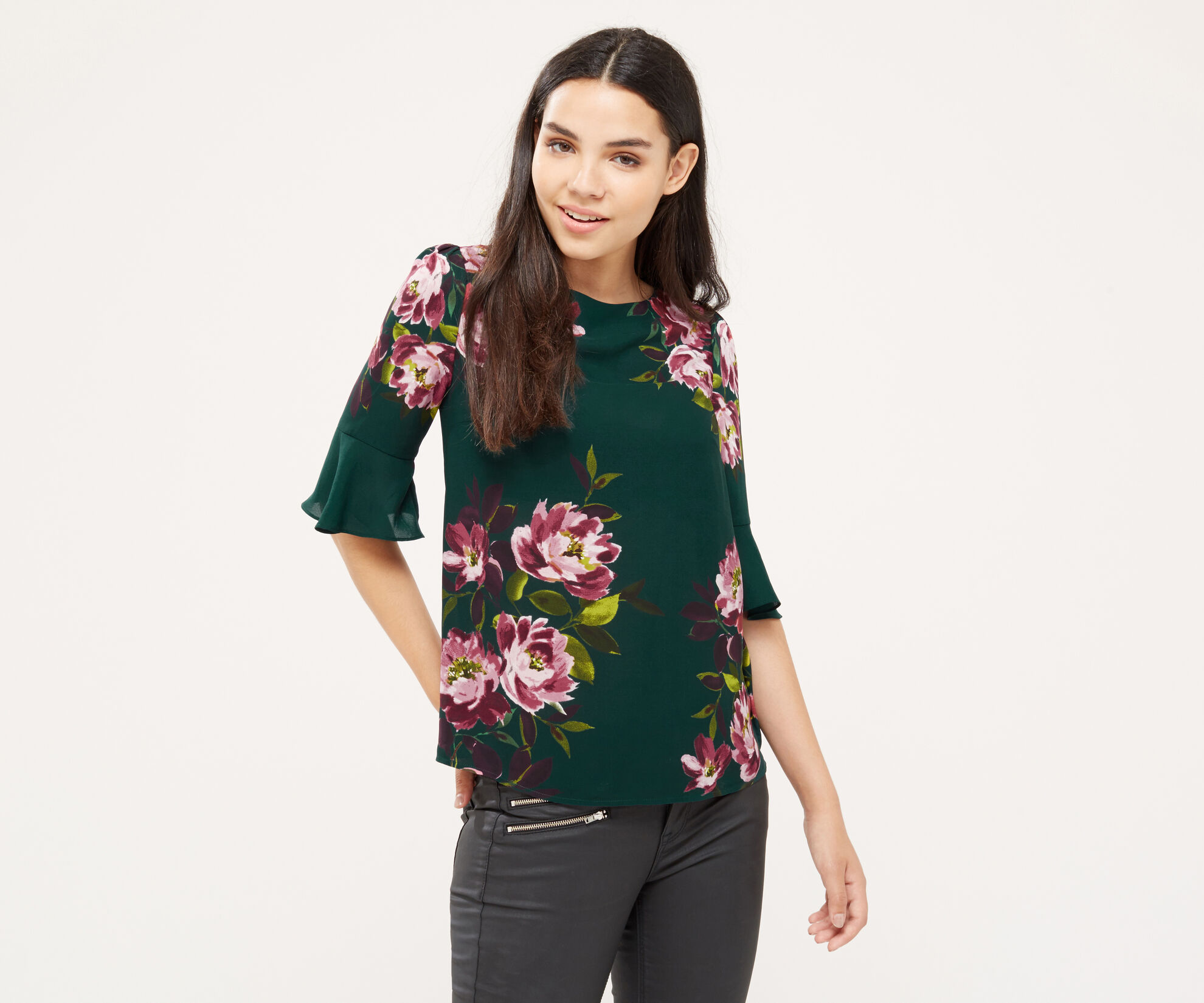 Oasis, PAINTED ROSE FLUTED SLEEVE TOP Multi Green 1