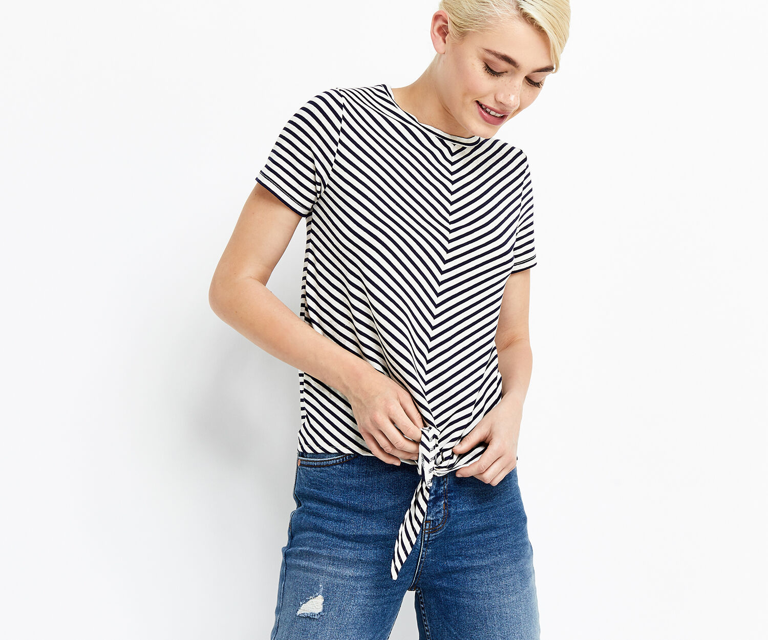 Oasis, stripe knot front tee Black and White 1