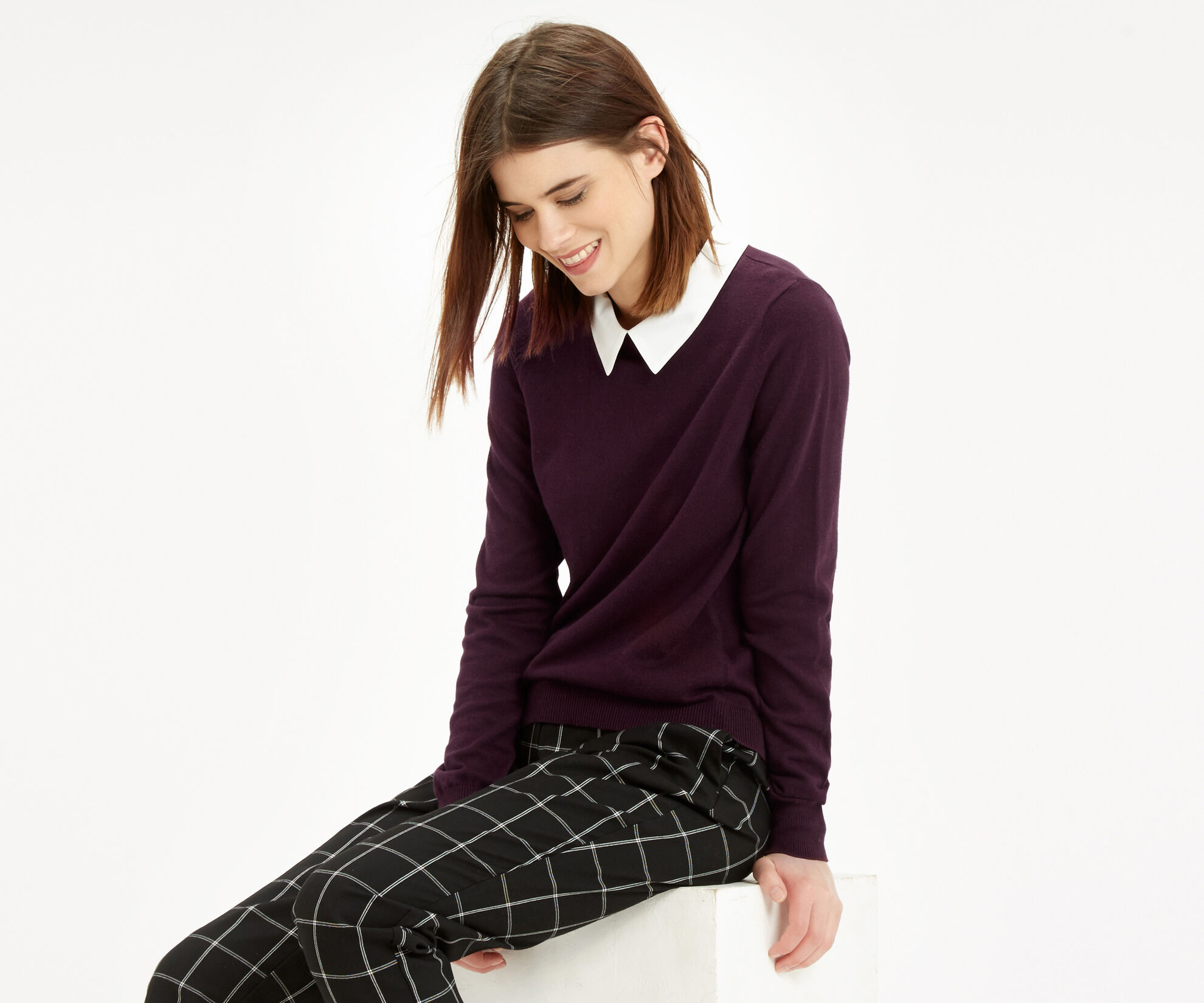 Oasis, Collar Knit Sweater Burgundy 1