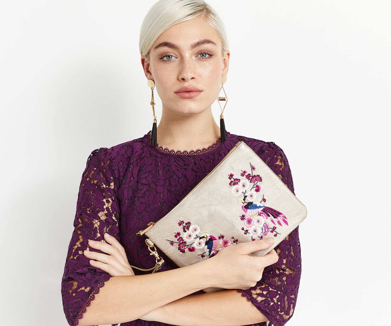Oasis, KIMONO EMBROIDERED CLUTCH Mid Grey 1