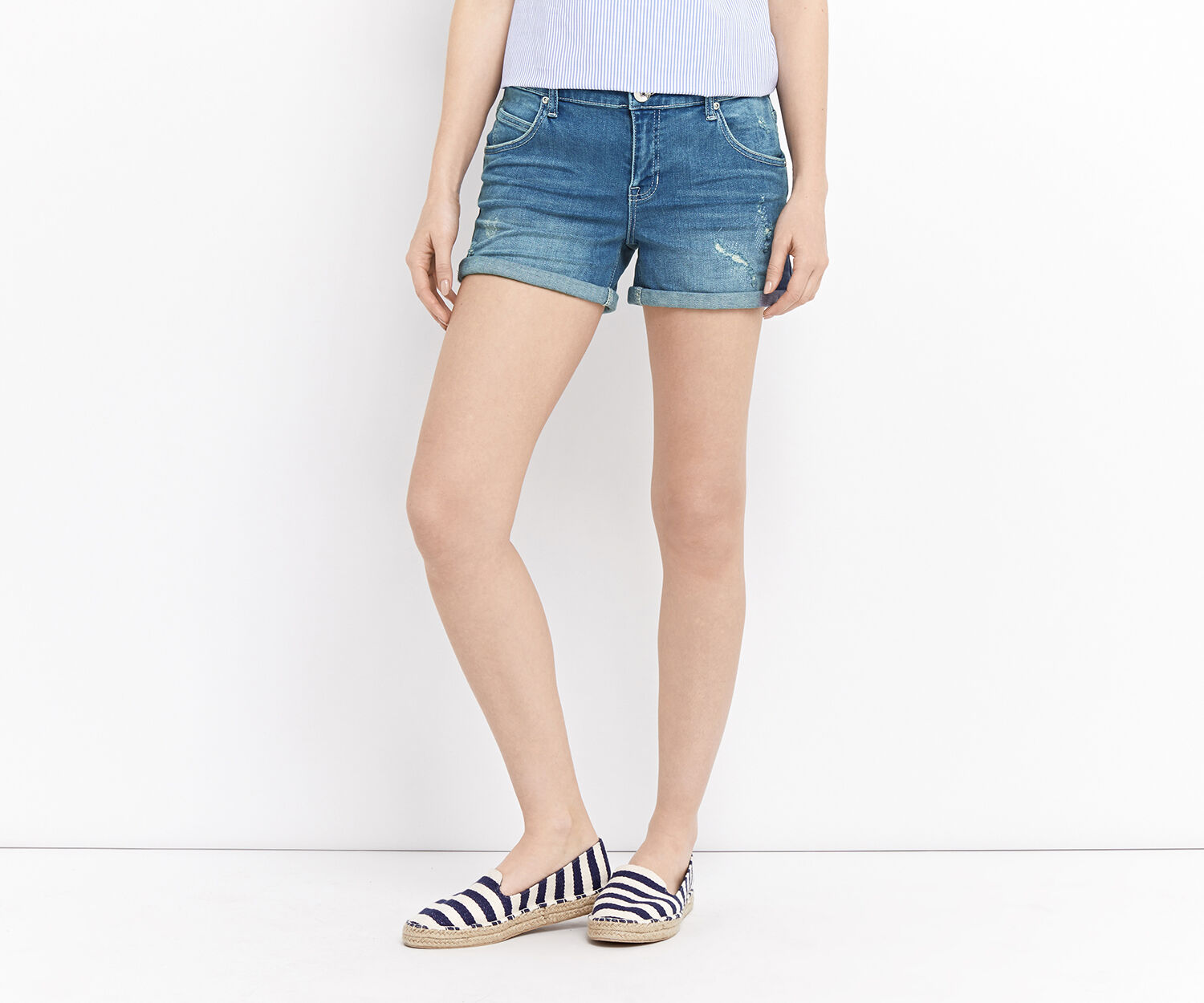 Oasis, RIP AND REPAIR MILLIE SHORT Denim 1