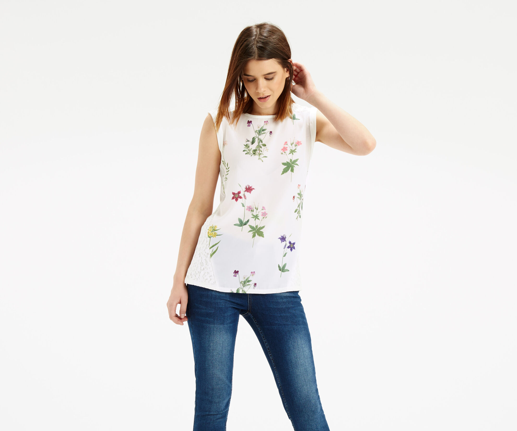 Oasis, Floral Woven Front T-Shirt Off White 1