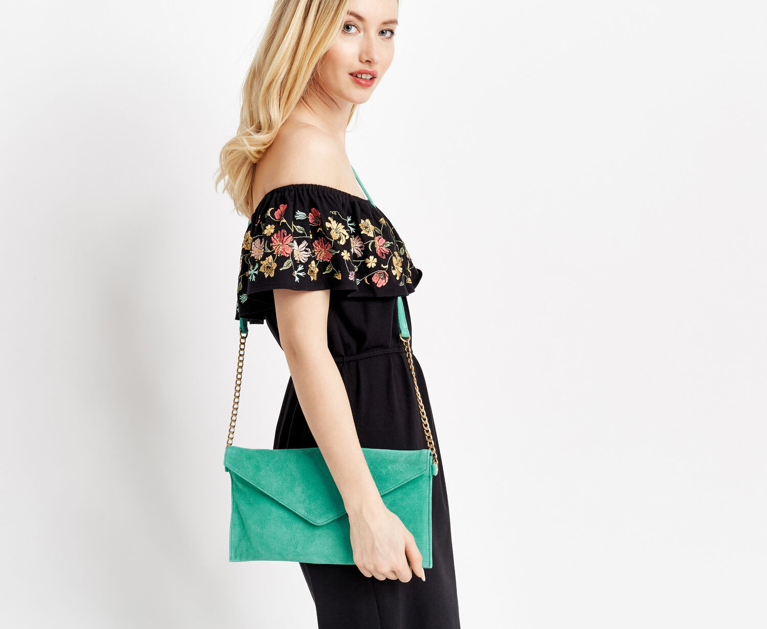 Oasis, SUEDE JESS ENVELOPE CLUTCH Mid Green 1