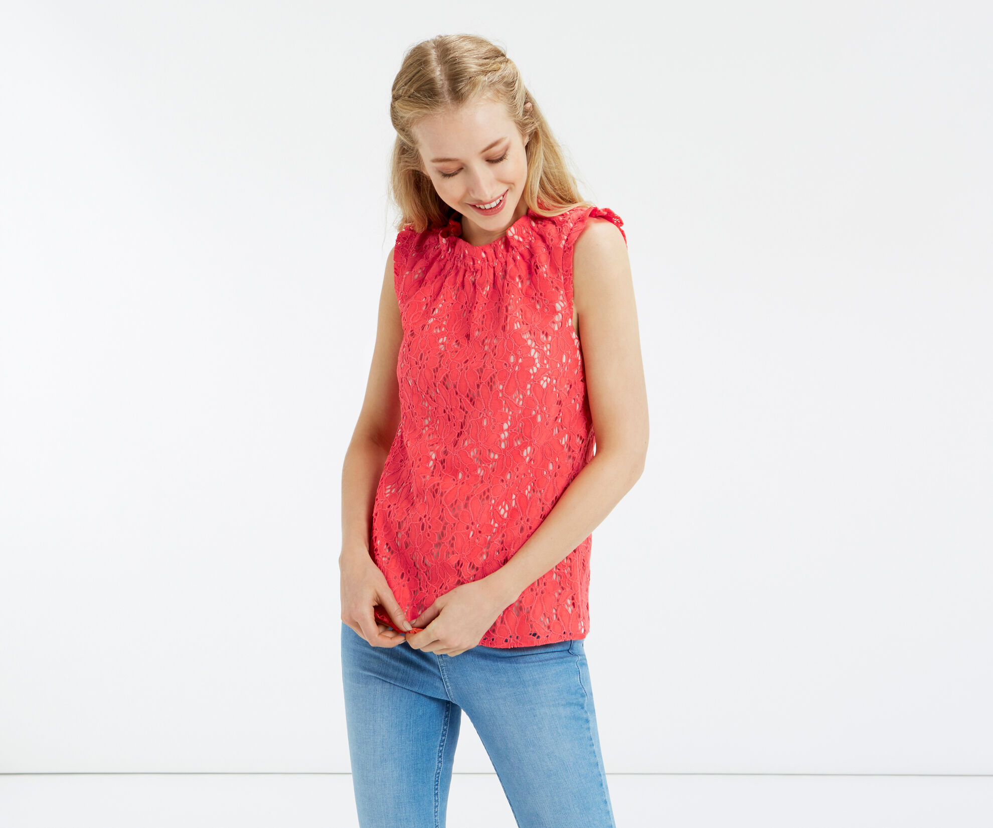 Oasis, LACE RUCHED TOP Coral 1