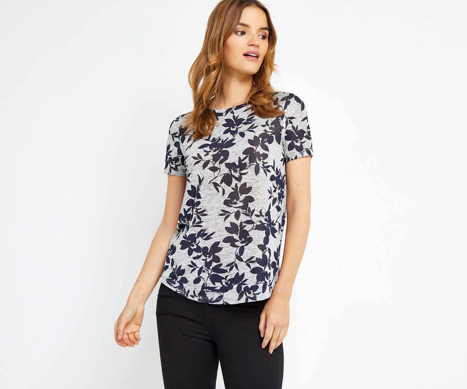 Oasis, SPRING SHADOW FLORAL TEE Multi Grey 1