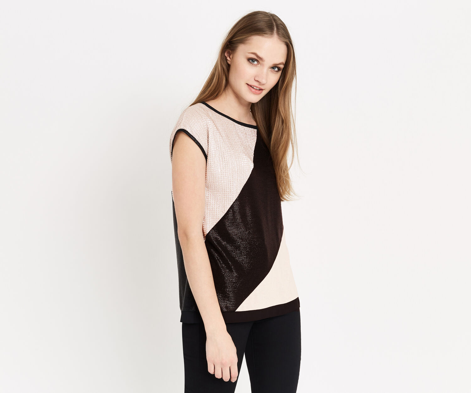 Oasis, DIAGONAL CRINKLE TOP Multi Black 1