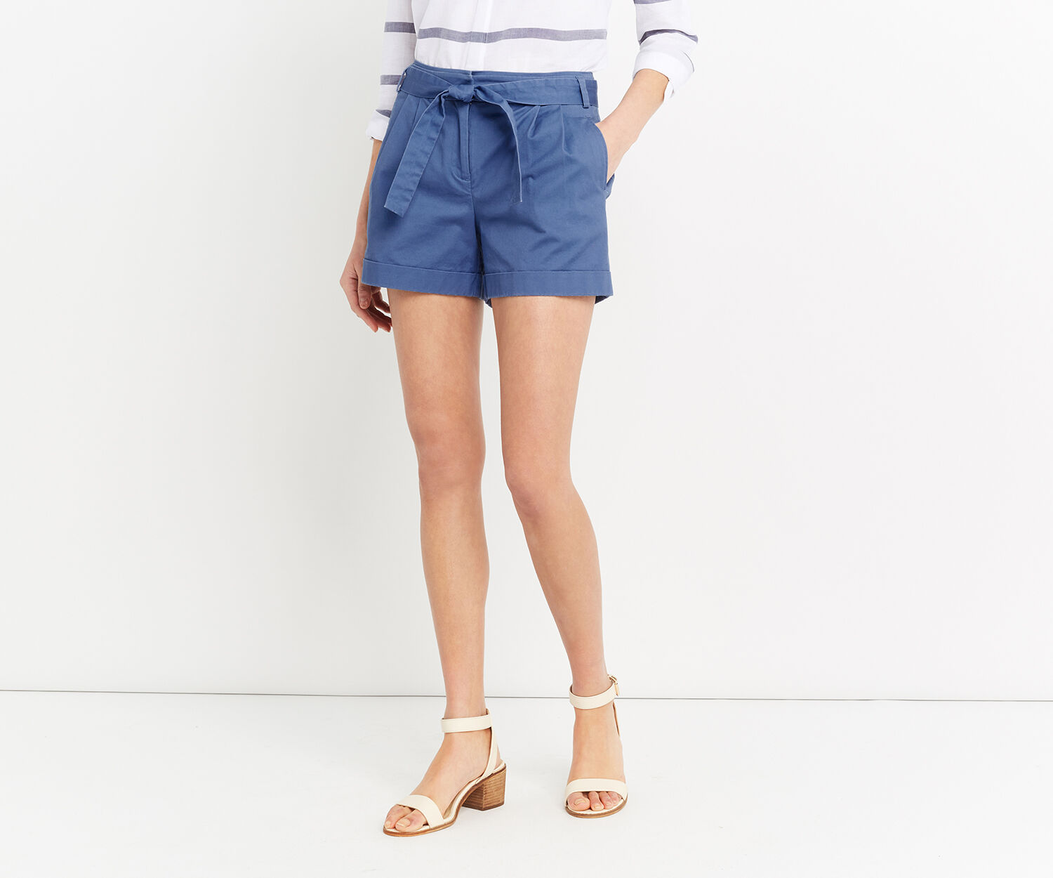 Oasis, CASUAL SHORT Mid Blue 1