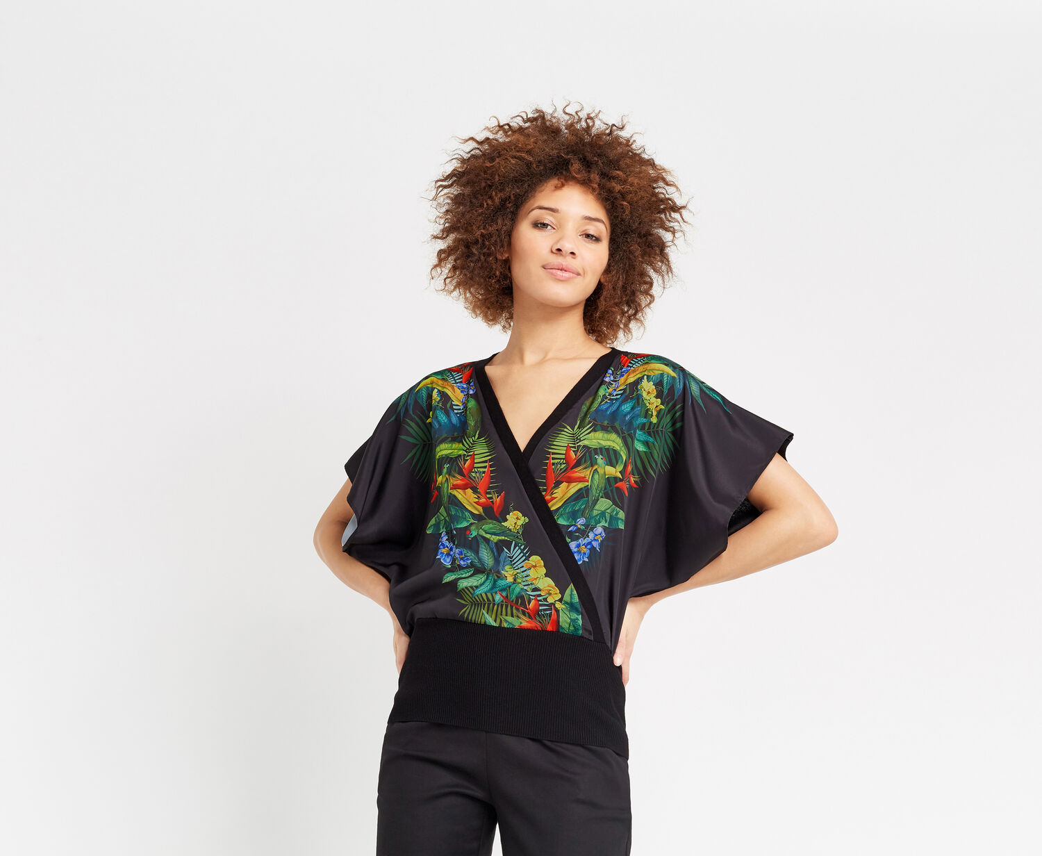 Oasis, TROPICAL BIRD WRAP FRONT Black 1