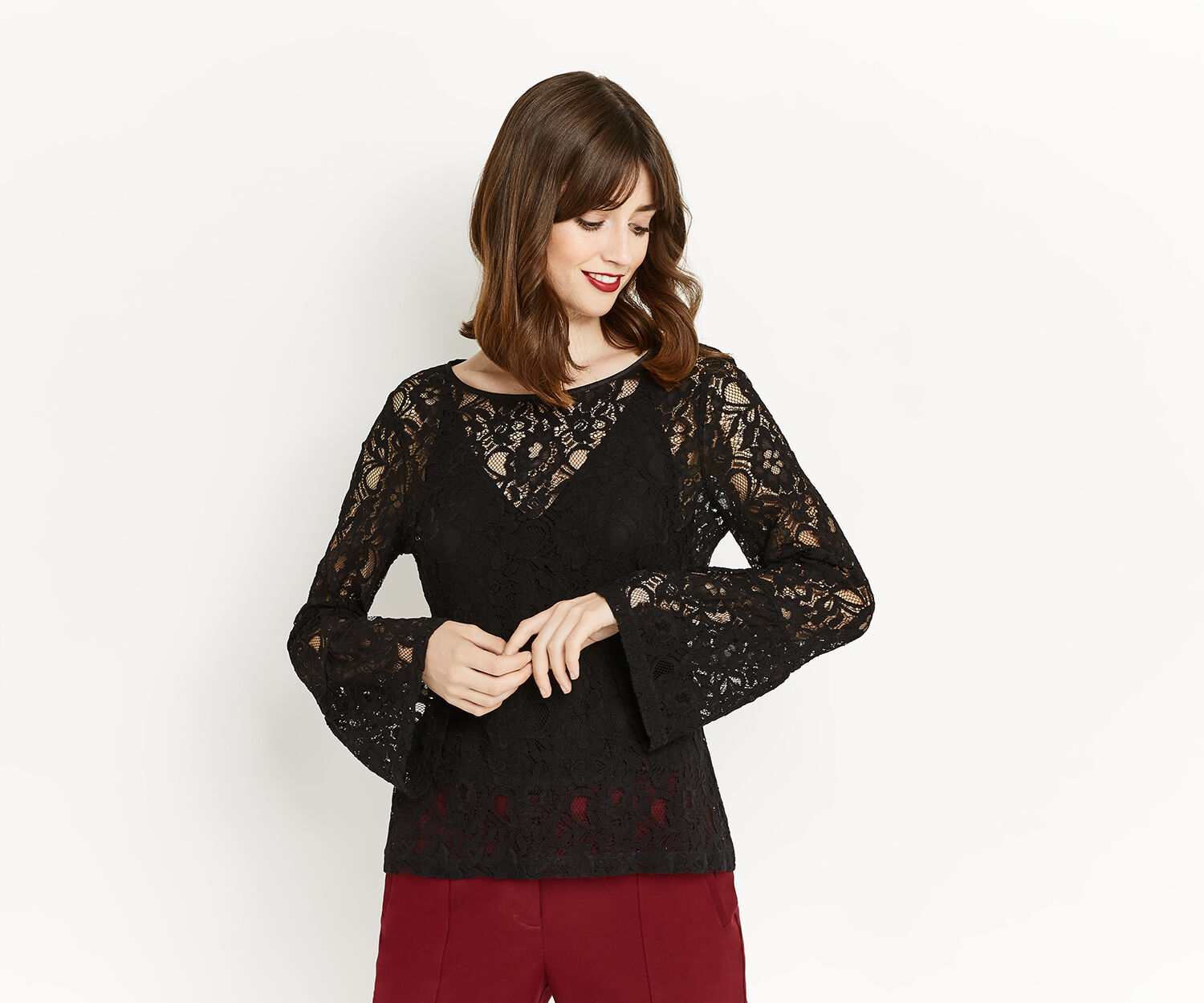 Oasis, BELL SLEEVE LACE TOP Black 1