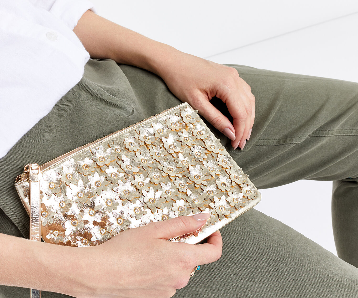 Oasis, FLOWER CLUTCH Gold 1