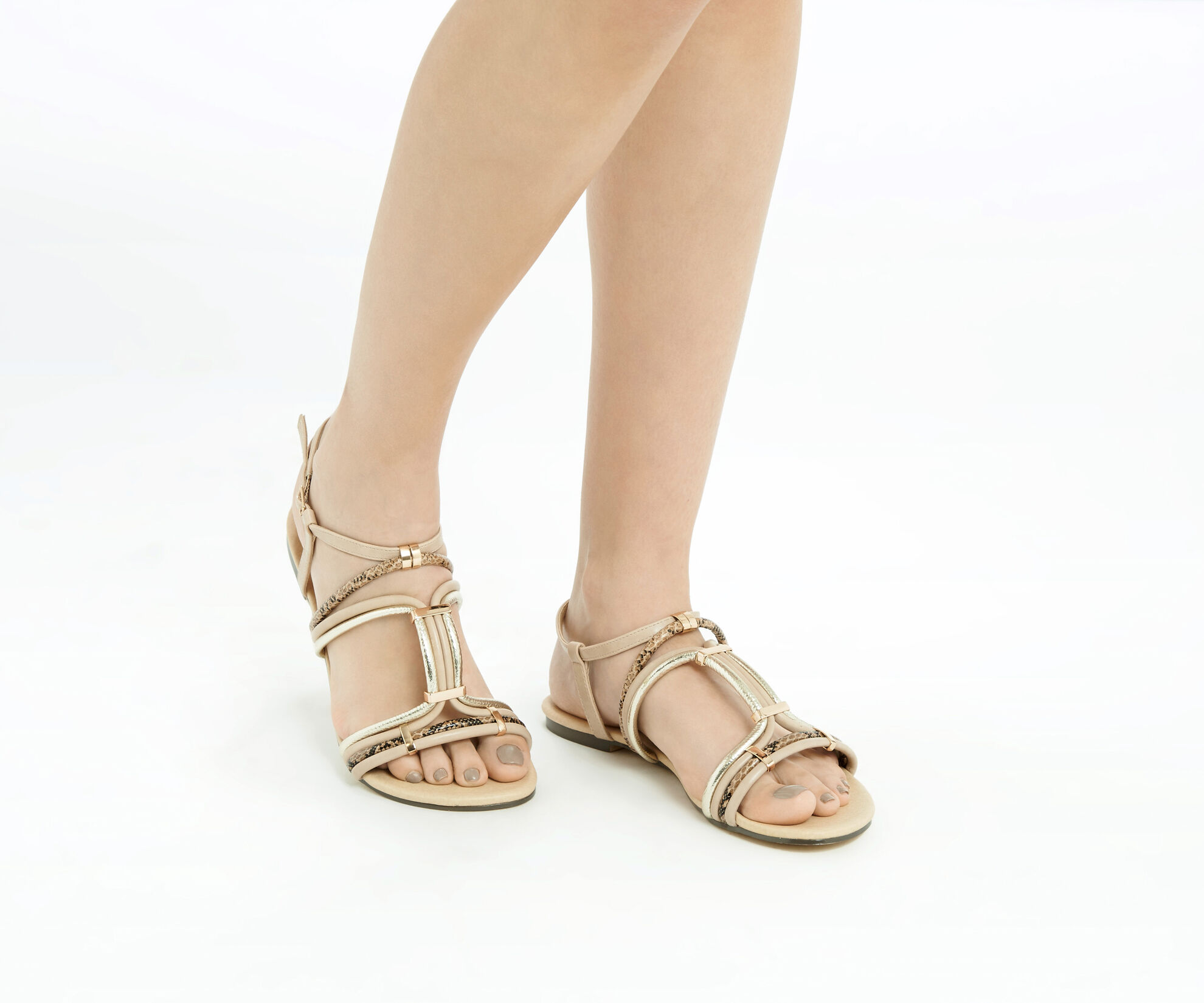 Oasis, Strappy Textured Sandal Multi 1