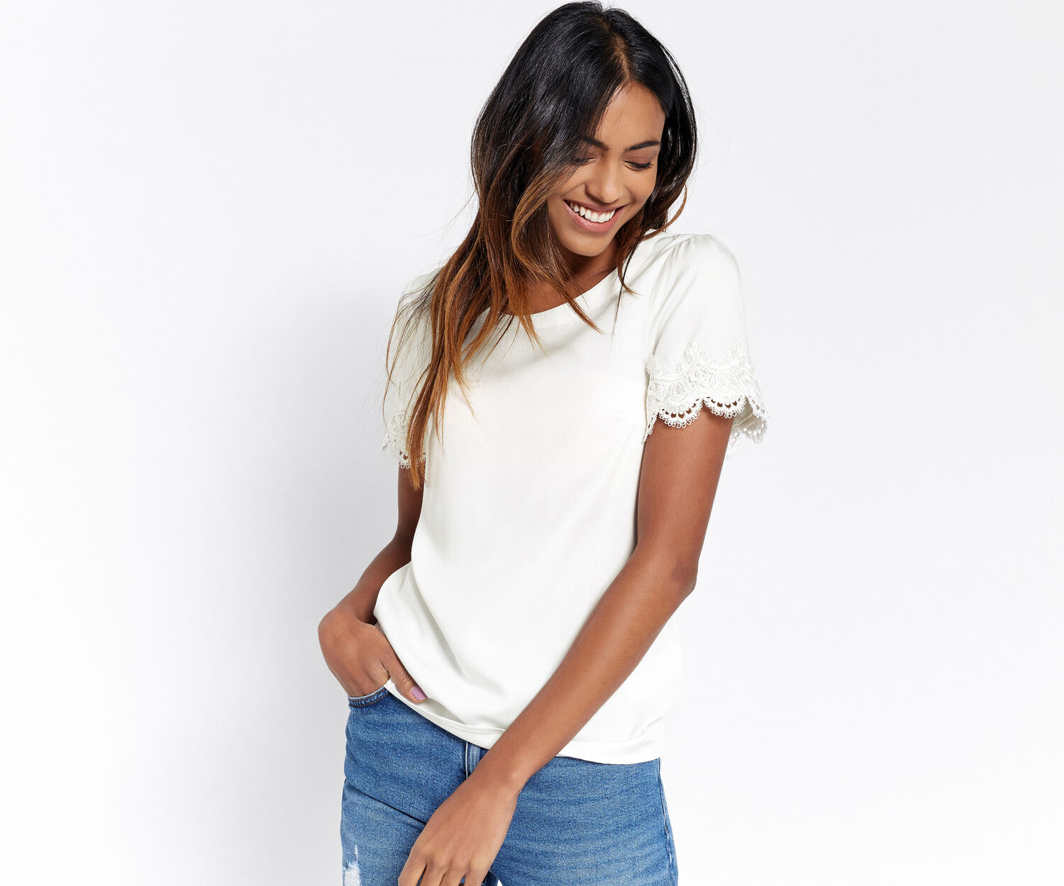 Oasis, LACE TRIM TEE White 1