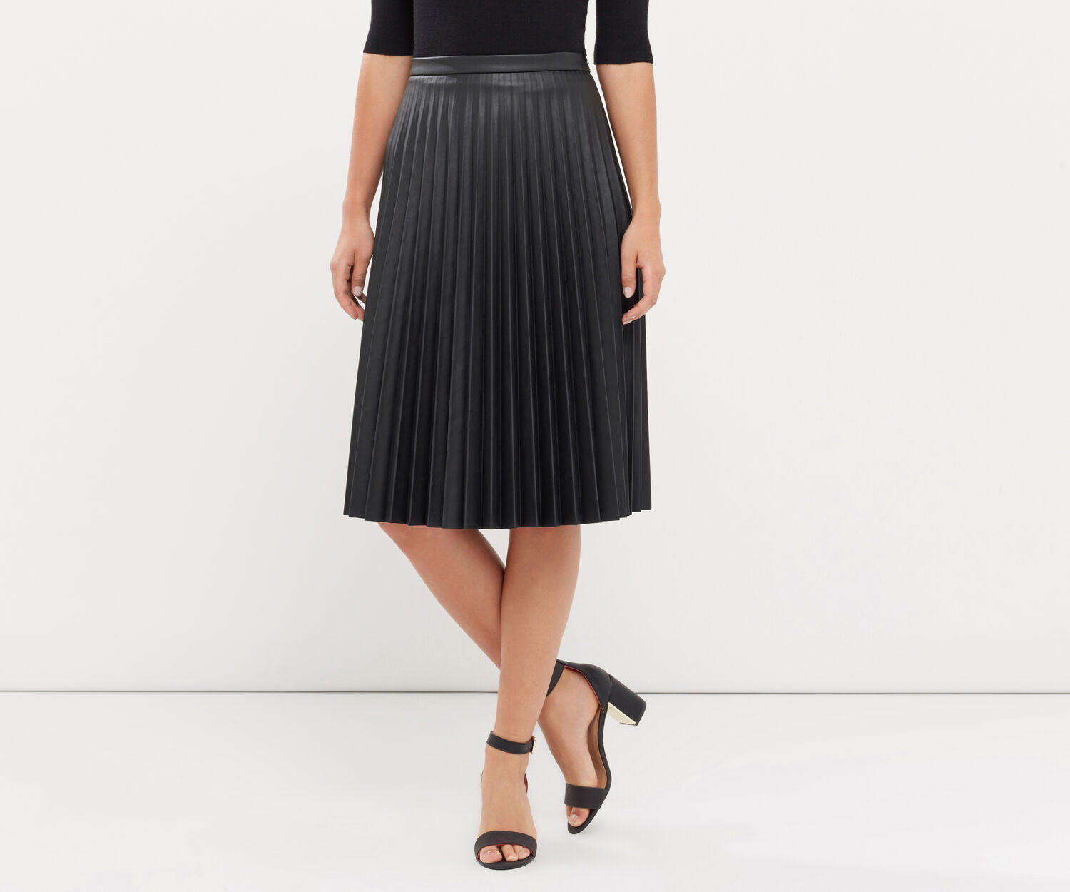 Oasis, FAUX LEATHER PLEATED MIDI Black 1