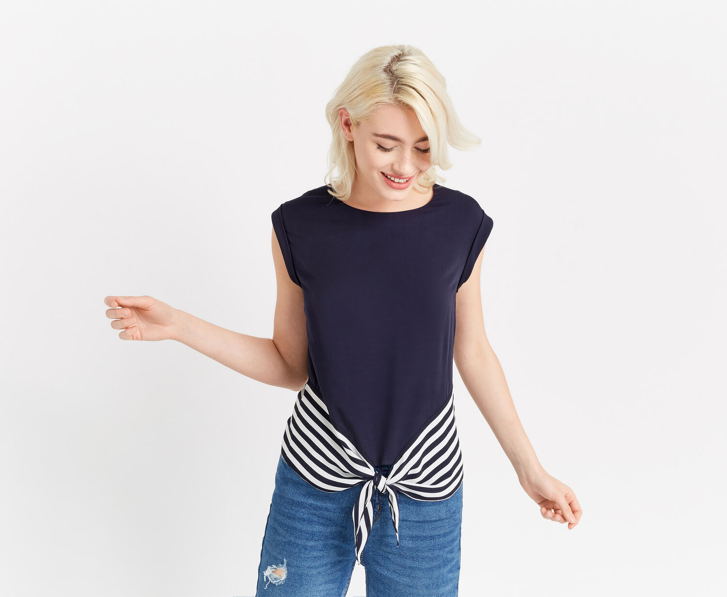 Oasis, STRIPE BLOCKED TIE FRONT TEE Multi Blue 1