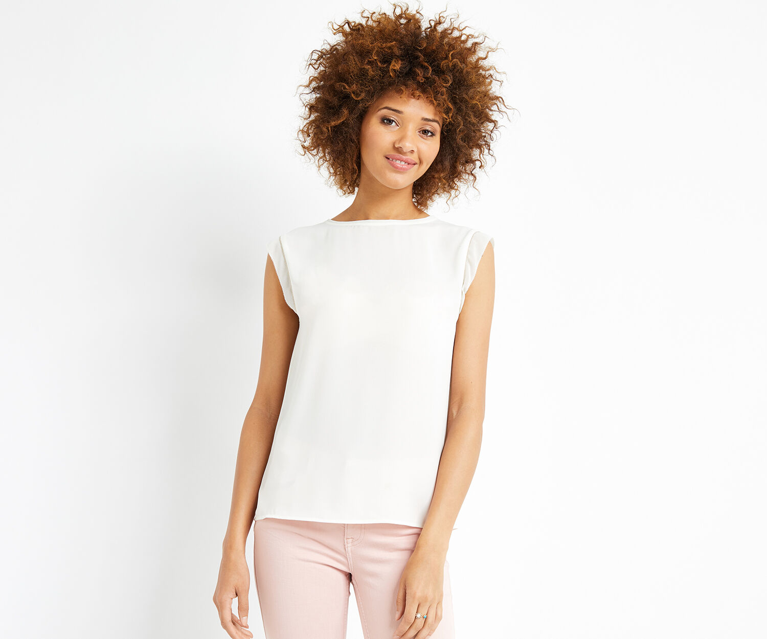 Oasis, PLAIN EMBROIDERED TRIM TEE Off White 1