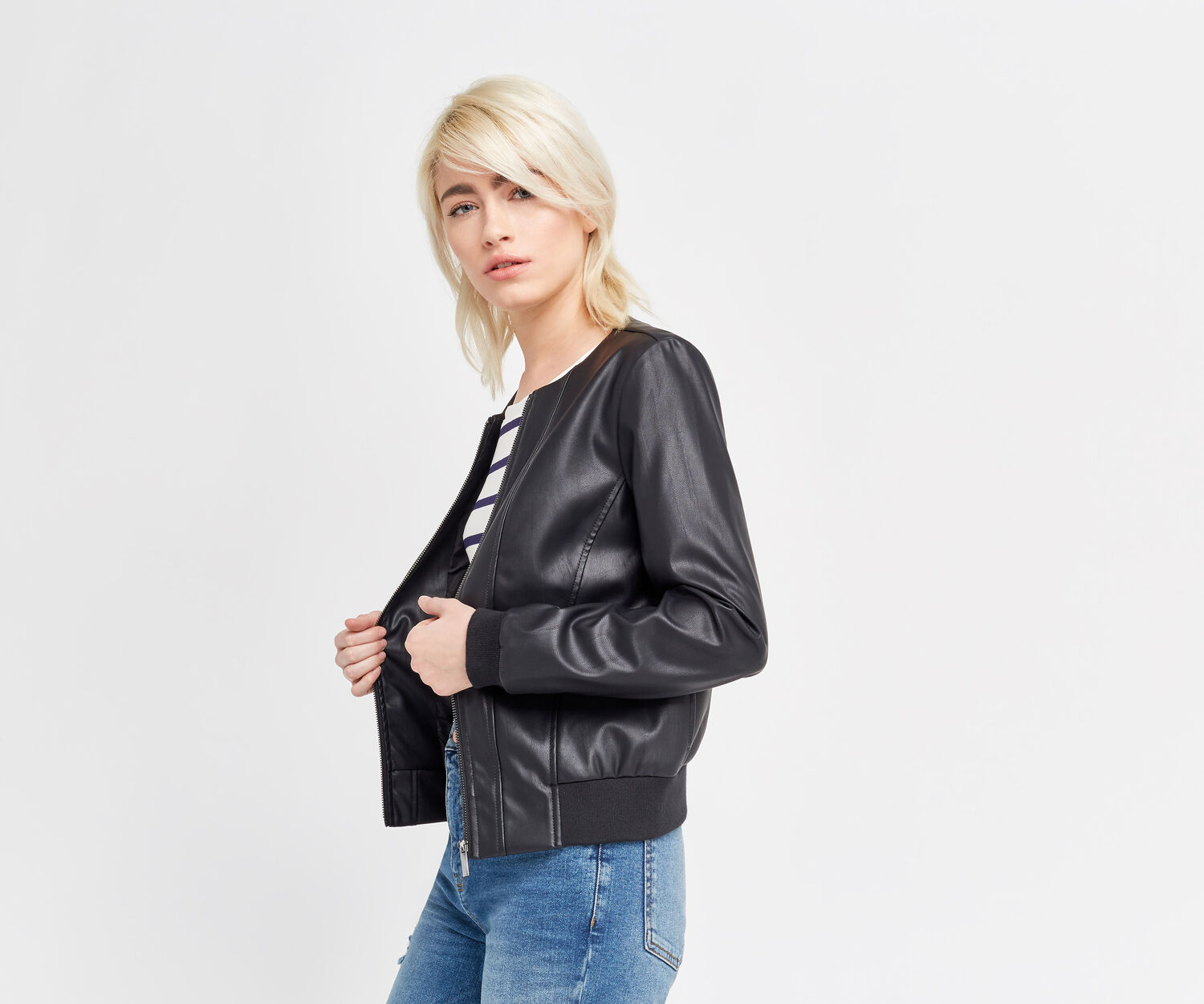 Oasis, FAUX LEATHER BOMBER Black 1