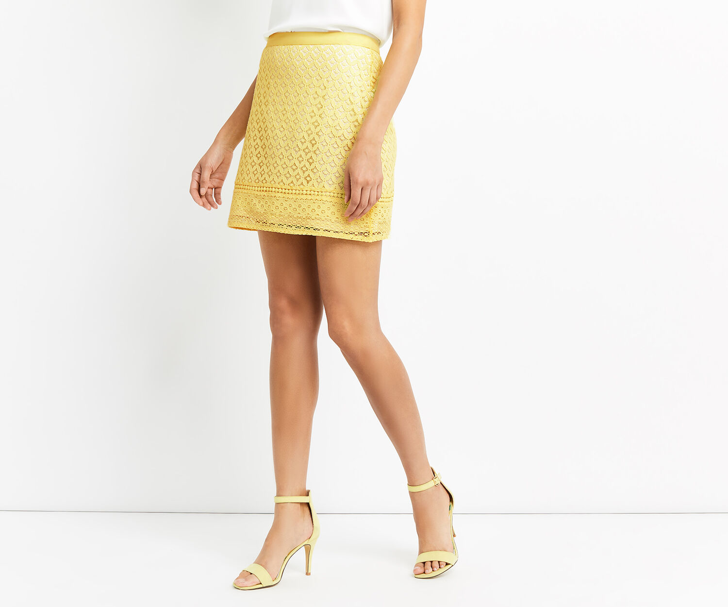Oasis, LACE MINI SKIRT Bright Yellow 1