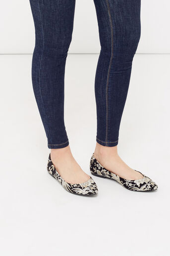 Oasis, EMBROIDERED FLAT POINT Multi Black 1