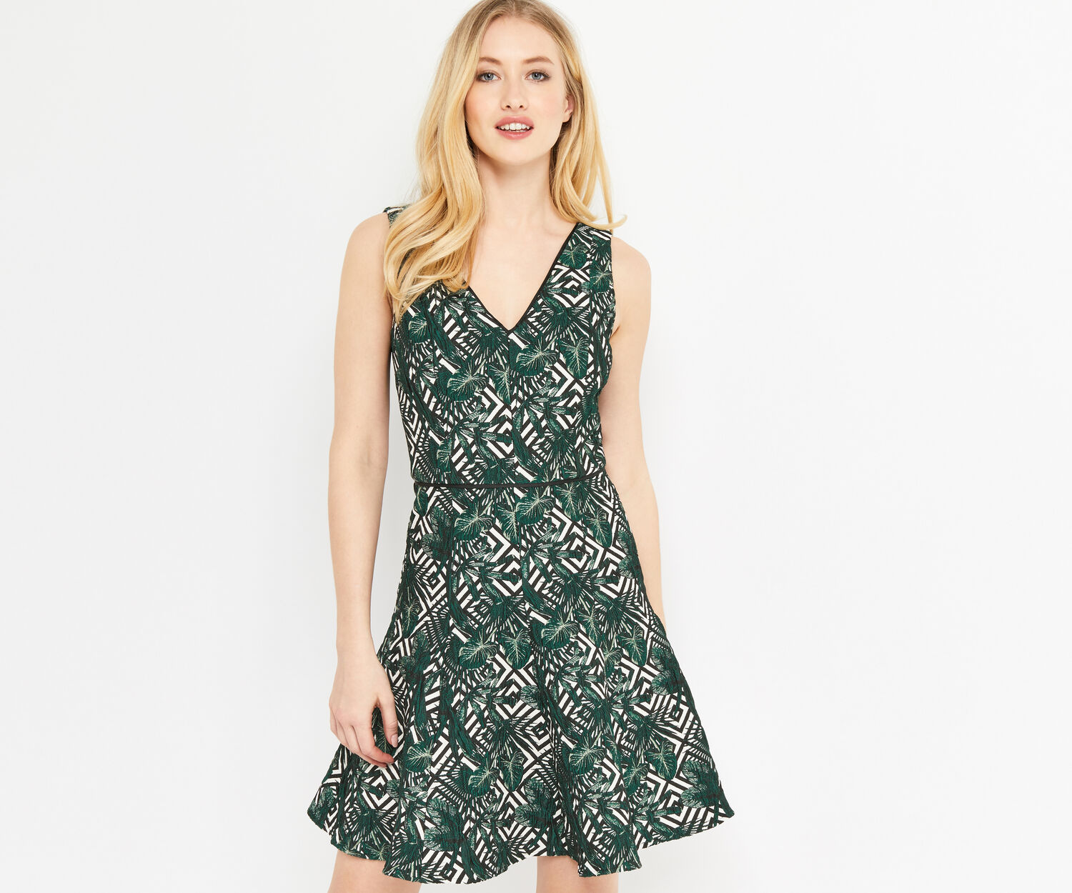 Oasis, TROPICAL GEO JACQUARD DRESS Multi 1
