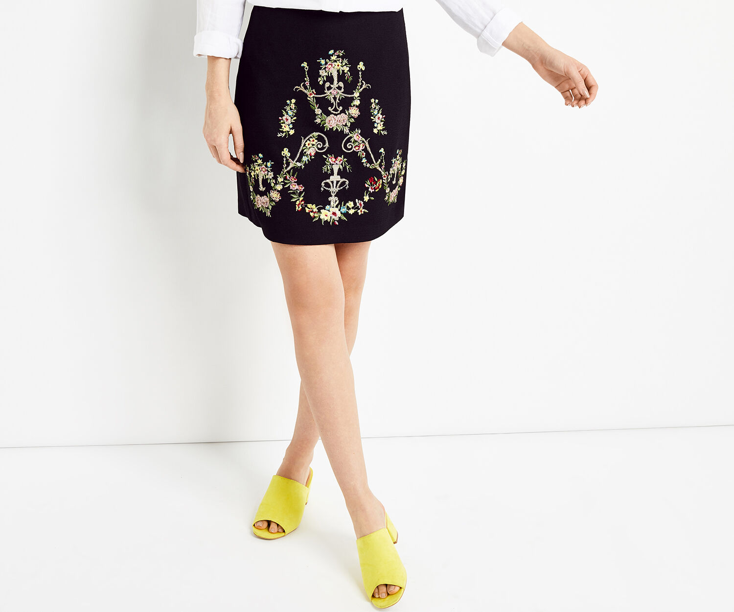 Oasis, NINA EMBROIDERED SKIRT Multi 1