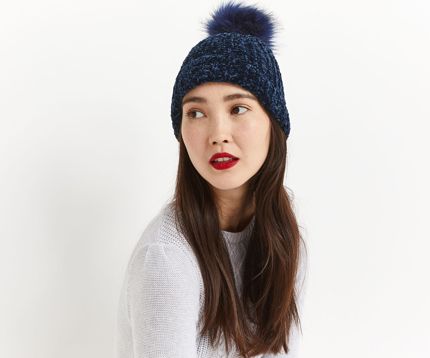 Oasis, CHENILLE BEANIE Navy 1