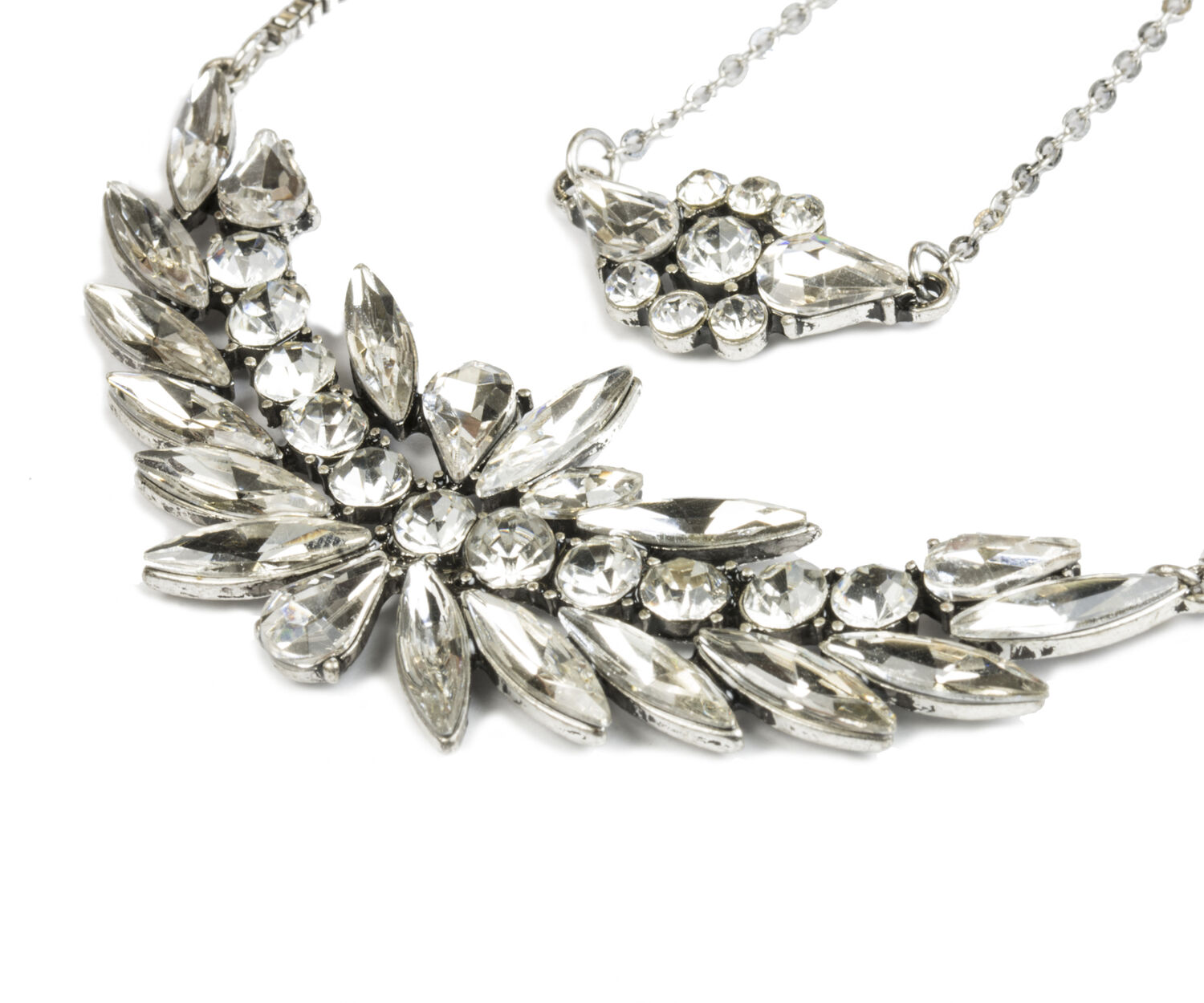 Oasis, LAYERED CRYSTAL NECKLACE Crystal 1