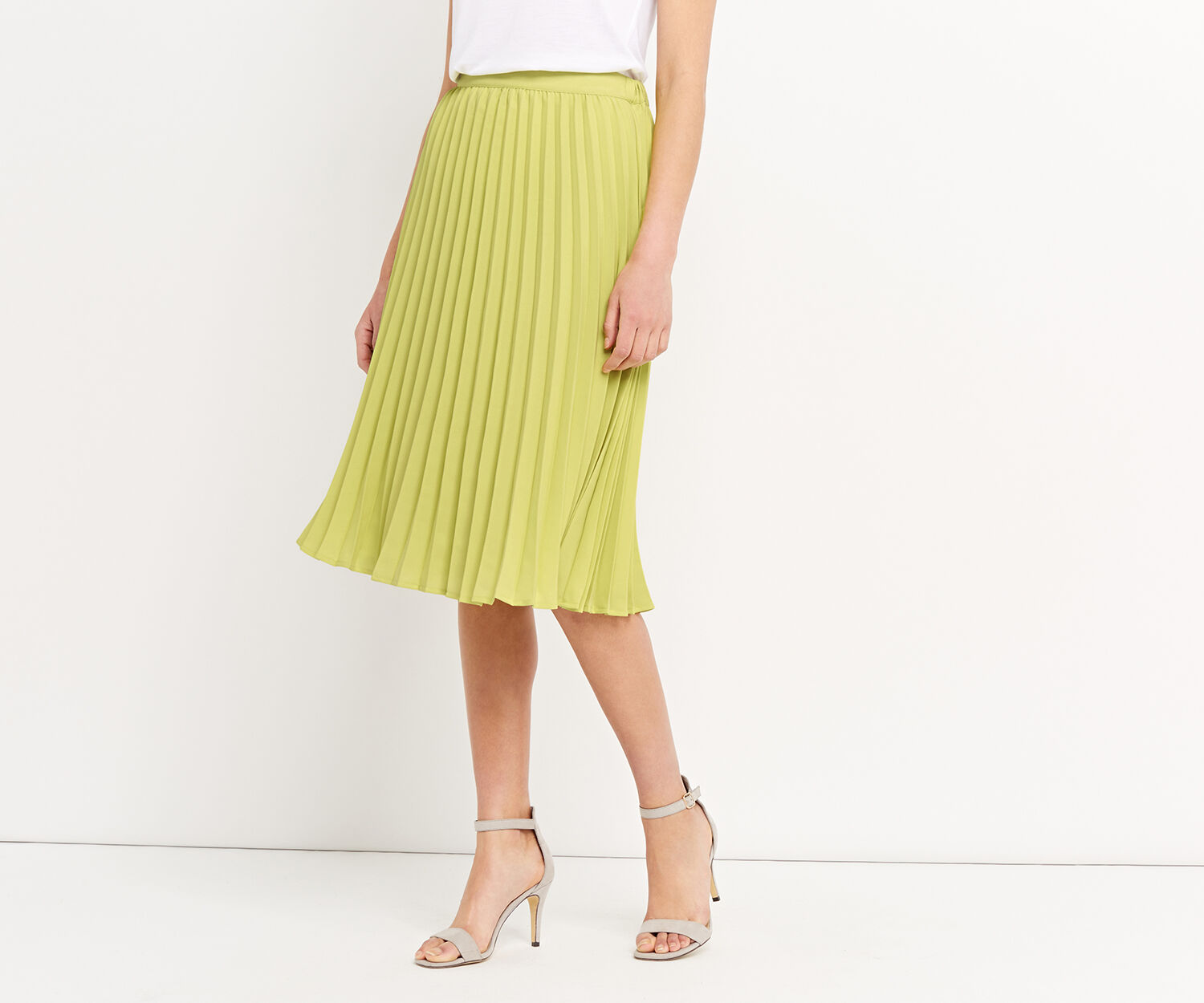 Oasis, LUCIA PLEATED SKIRT Pale Yellow 1
