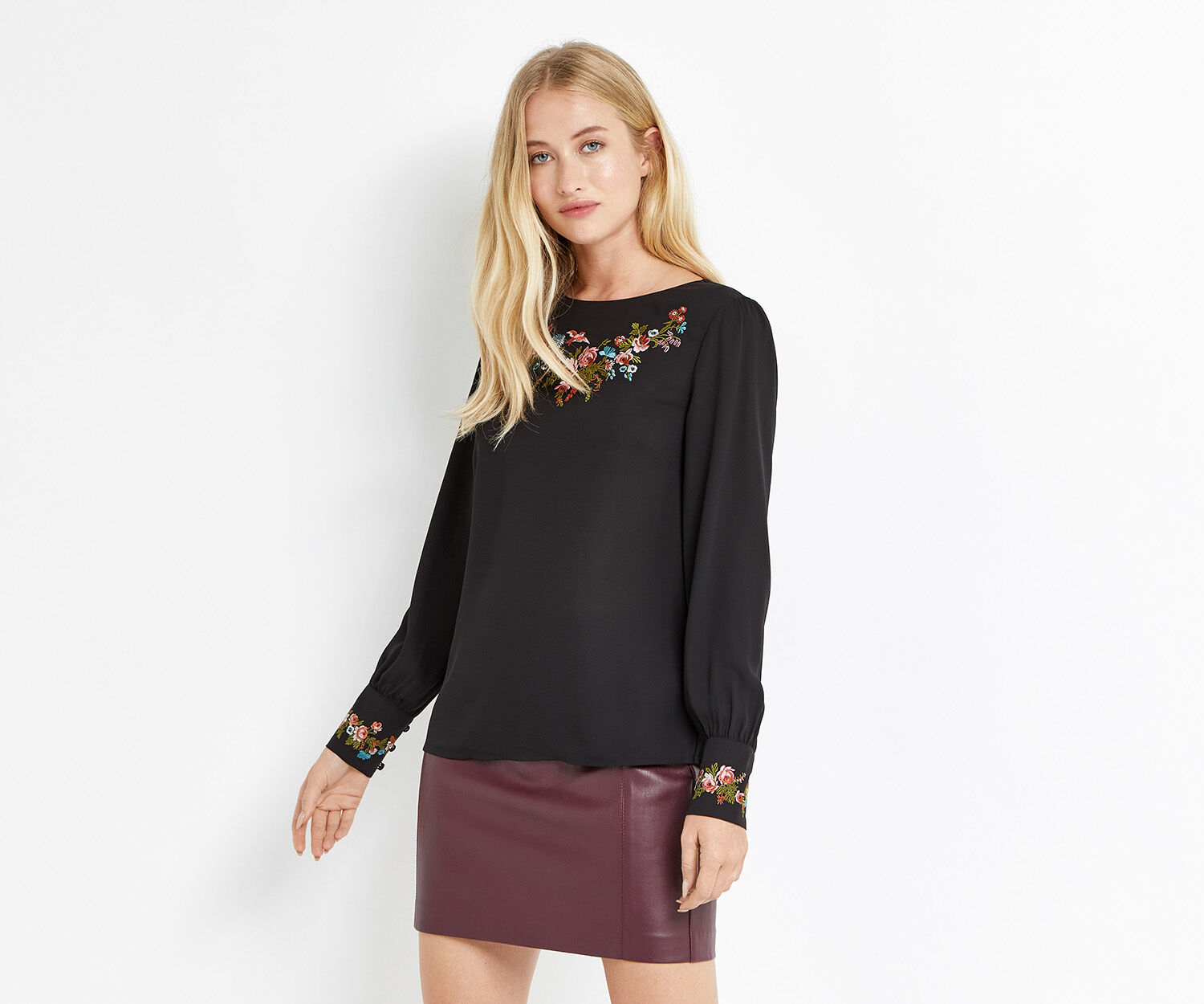 Oasis, EMBROIDERED TOP Black 1