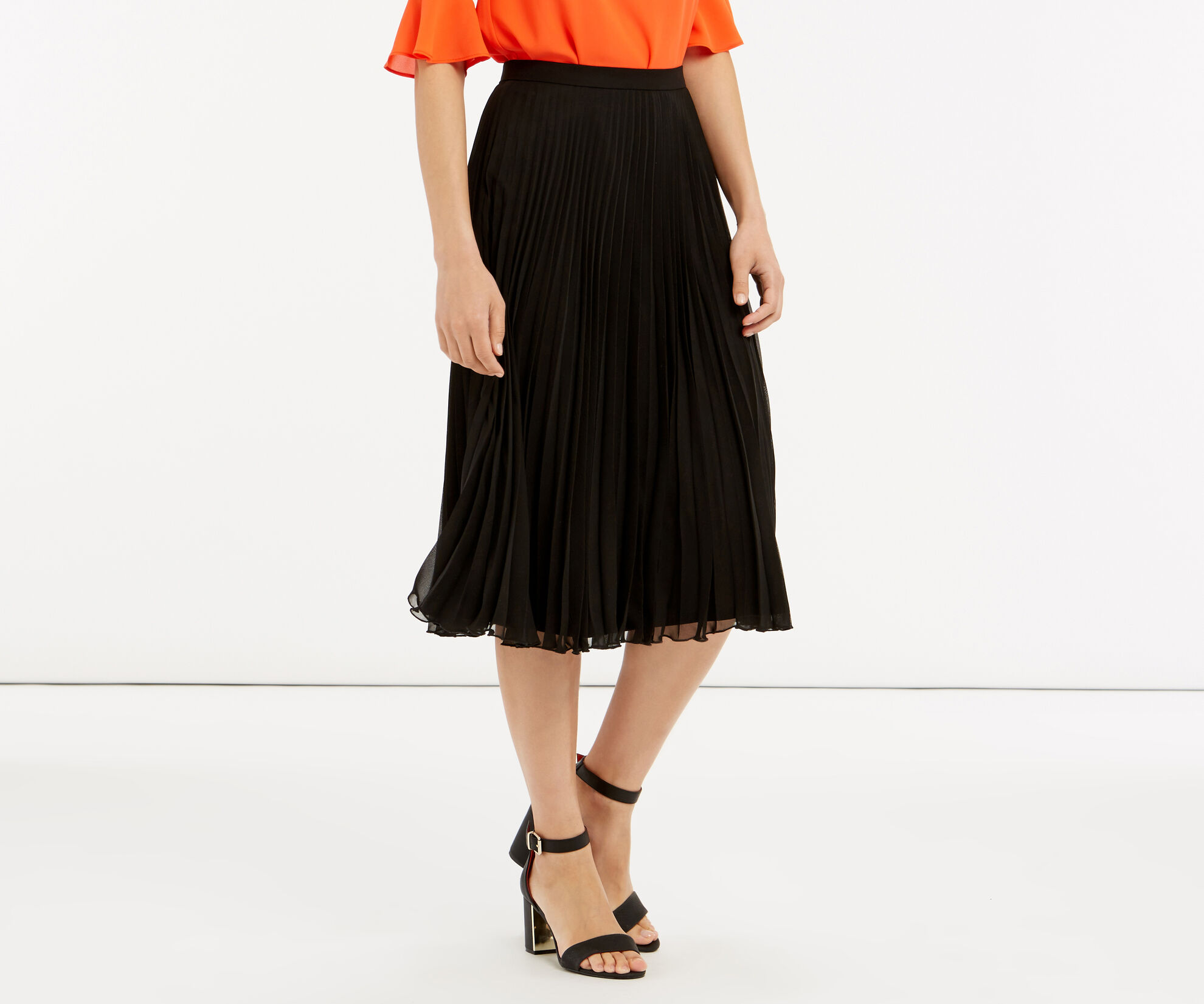 Oasis, Pleated Skirt Black 1