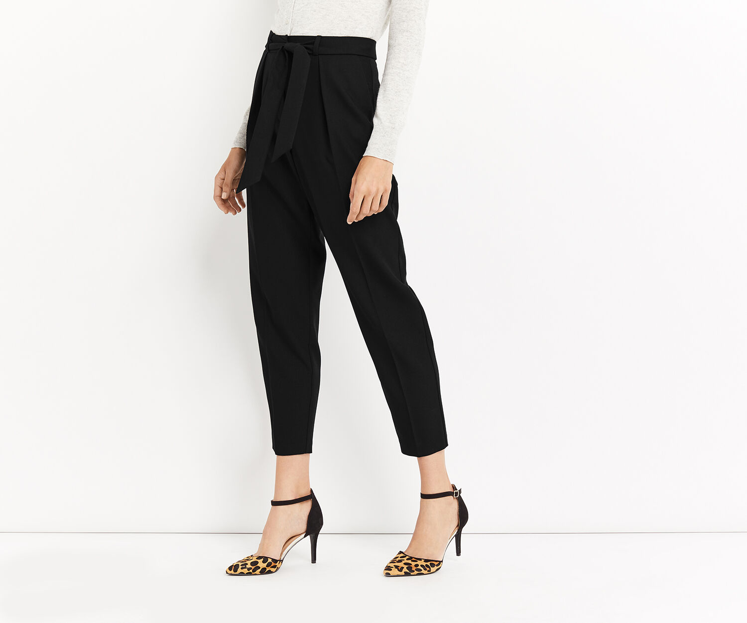 Oasis, TAPERED LEG TROUSER Black 1