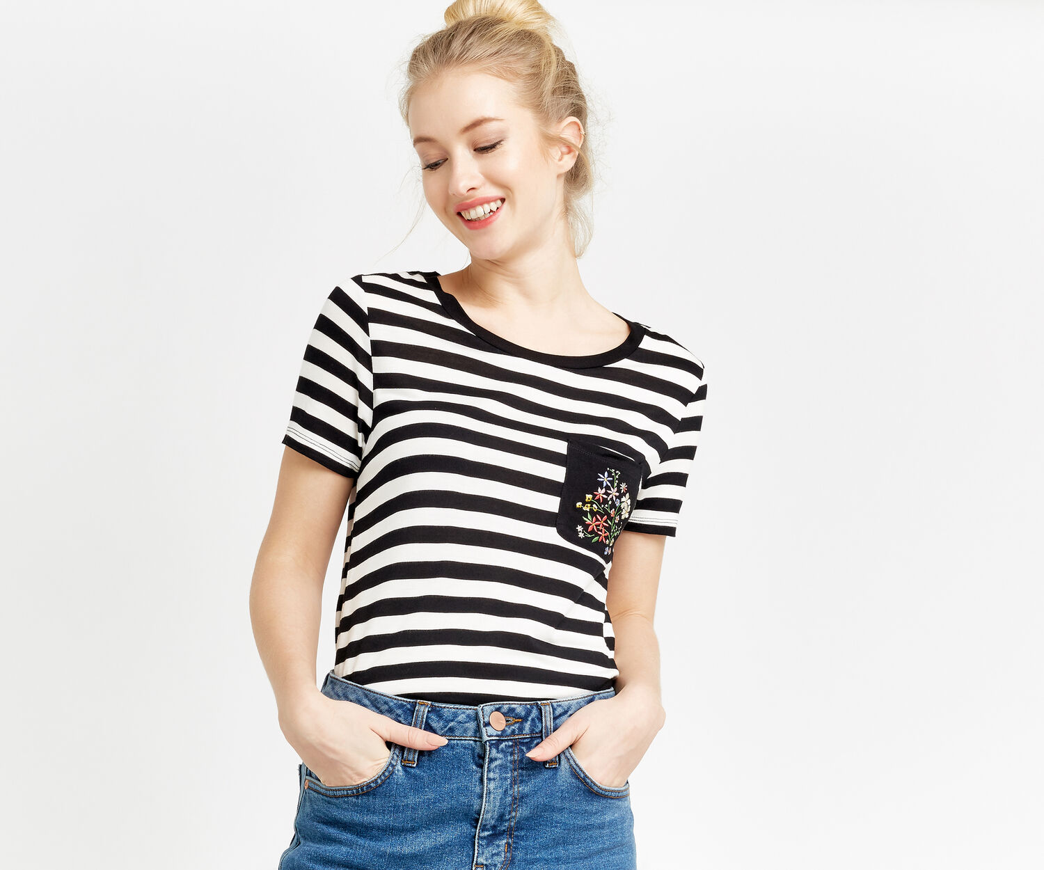 Oasis, EMBROIDERED POCKET STRIPE TEE Black and White 1