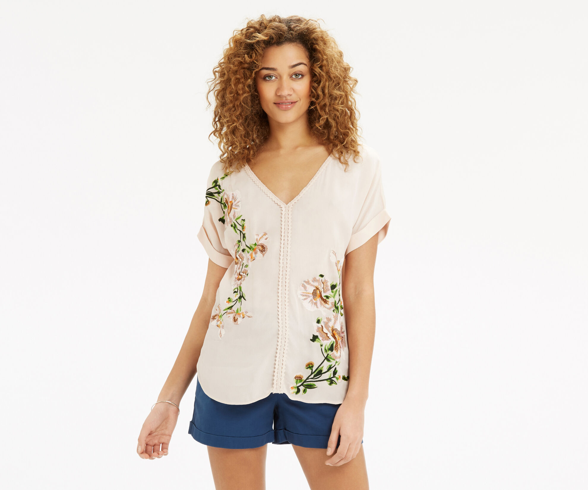 Oasis, Botany Embroidered V Nk T-Shir Off White 1