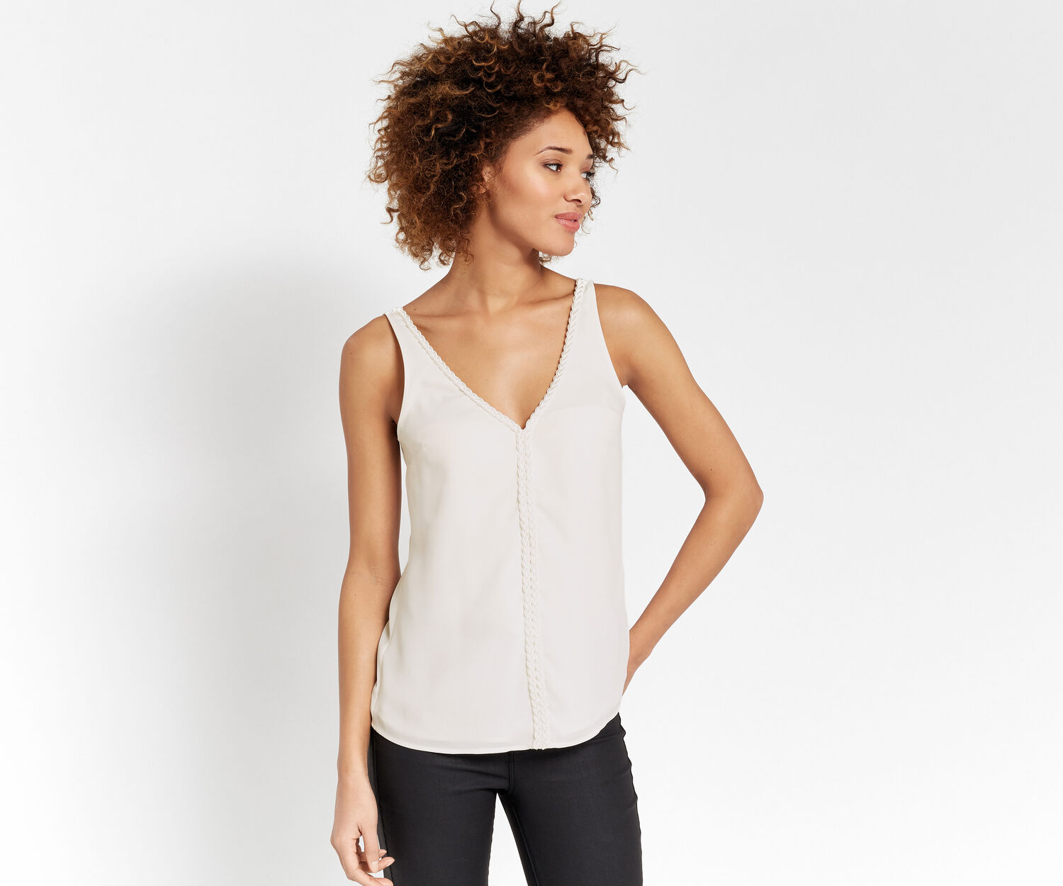 Oasis, PLAIT TRIM VEST Off White 1
