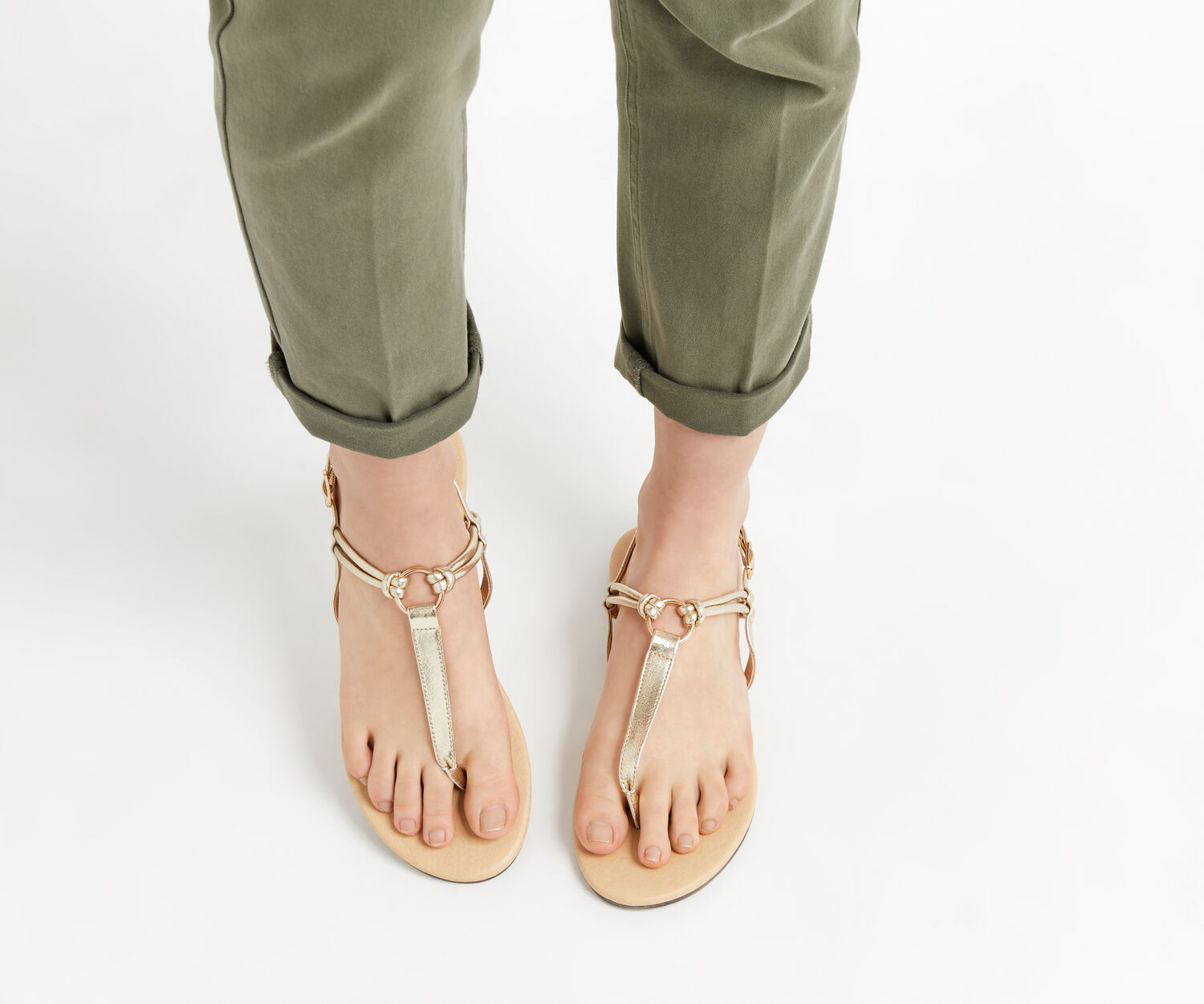 Oasis, PIXIE TOE POST SANDALS Gold 1