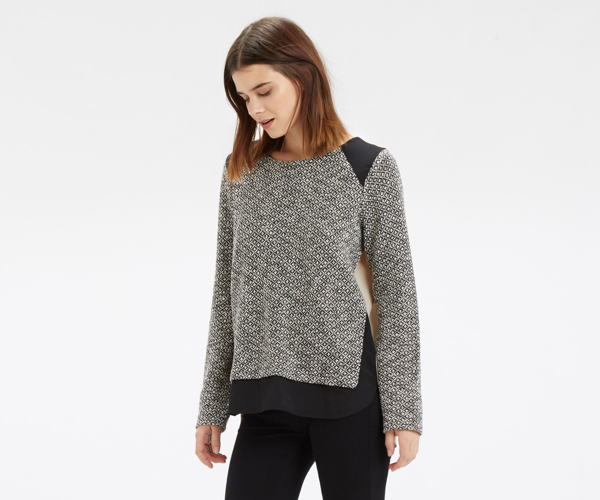 Oasis, Artisan Woven Back Sweat Black and White 1