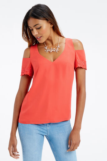Oasis, LACE COLD SHOULDER TOP Mid Red 1