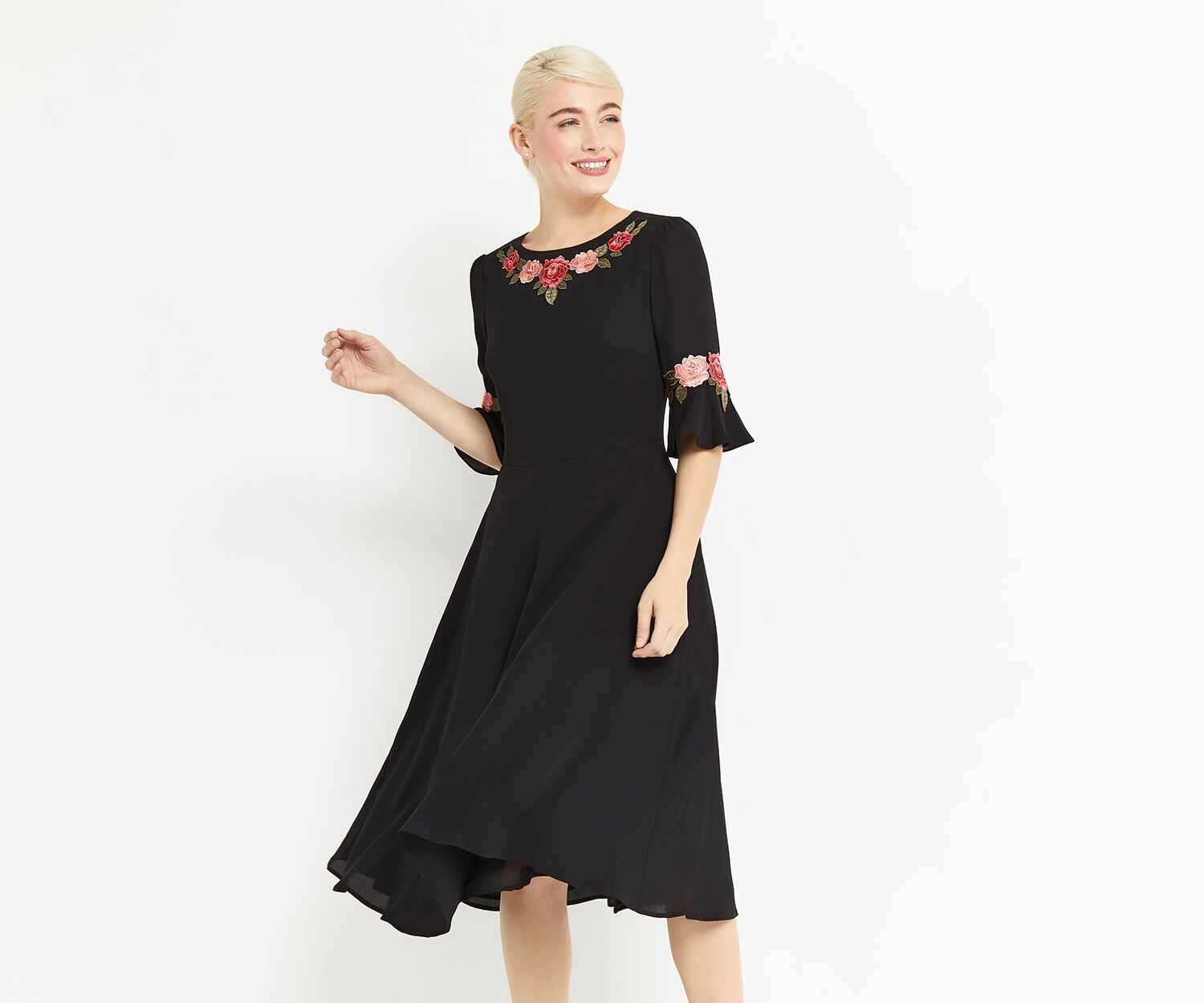 Oasis, FLUTED SLEEVE MIDI DRESS Black 1