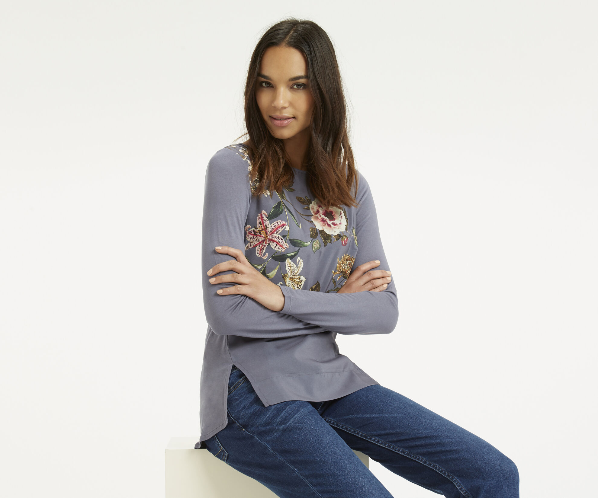 Oasis, Embroidered Opium Top Mid Grey 1