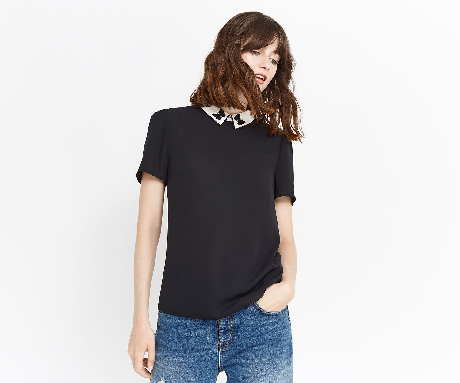 Oasis, EMBROIDERED COLLAR BUTTERFLY T Black 1