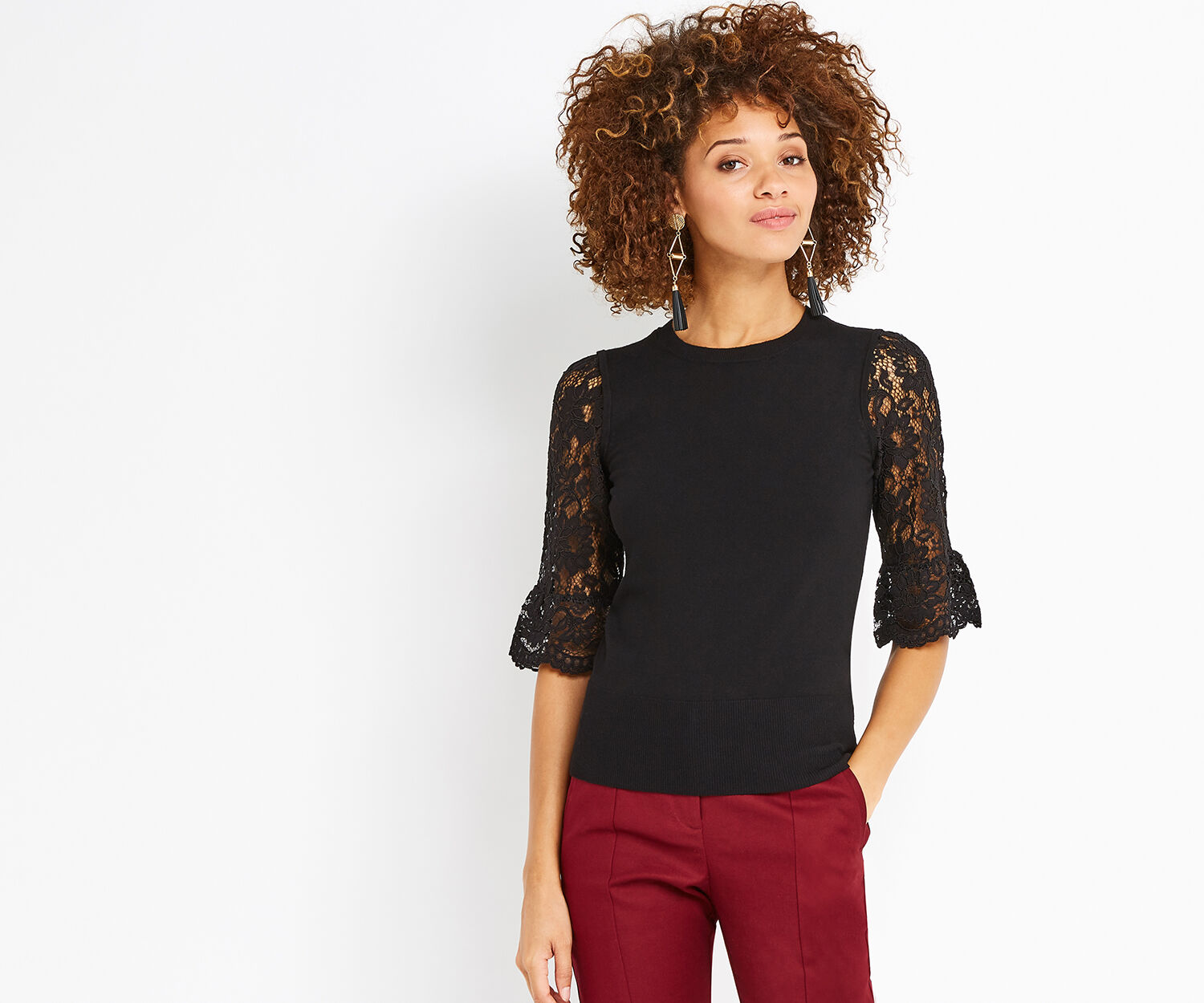 Oasis, LACE FLUTED SLEEVE KNIT Black 1