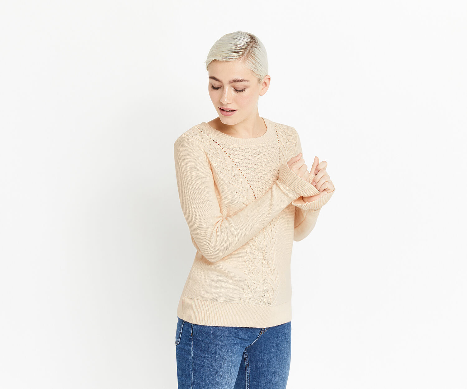 Oasis, CABLE FLUTED SLEEVE KNIT Light Neutral 1
