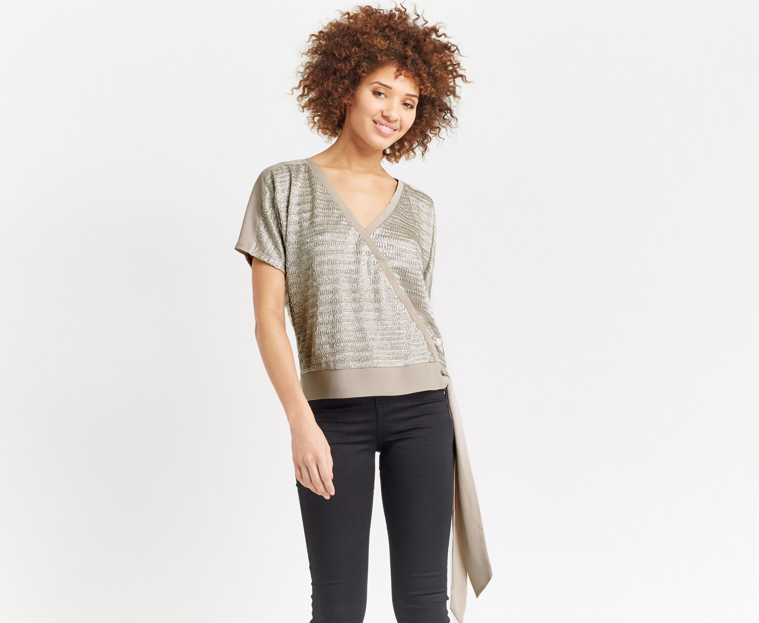 Oasis, CHAIN CRINKLE WRAP TOP Silver 1