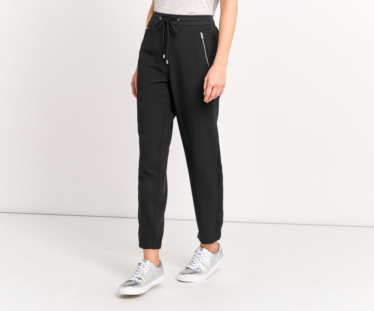 Oasis, SPORTY CUFF TROUSER Black 1