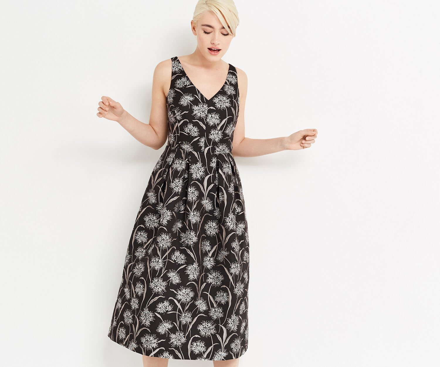 Oasis, DANDELION JACQUARD MIDI DRESS Multi Black 1