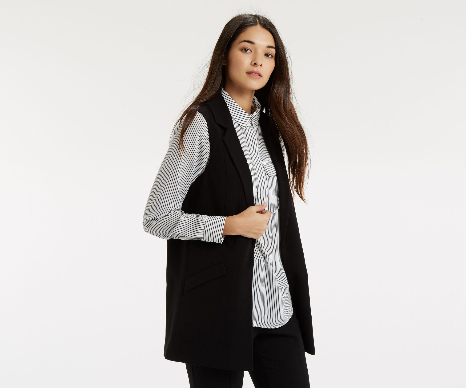 Oasis, Sleeveless Jacket Black 1