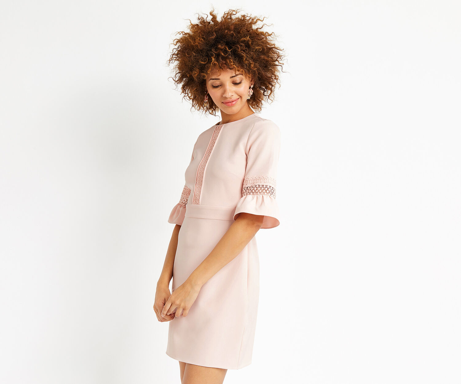 Oasis, LACE BELL SLEEVE SHIFT Pale Pink 1