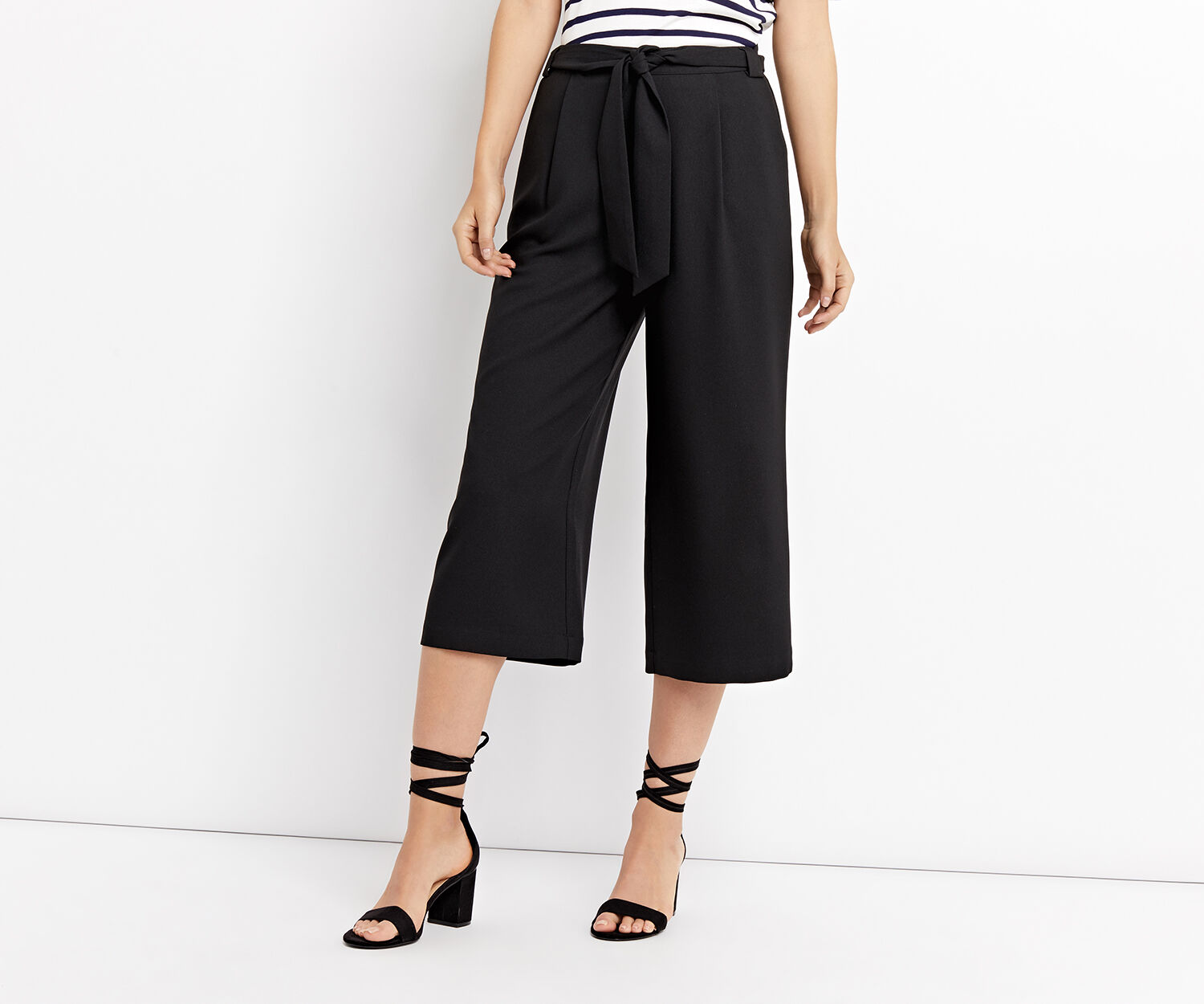 Oasis, PLAIN CROP WIDE LEG TROUSERS Black 1
