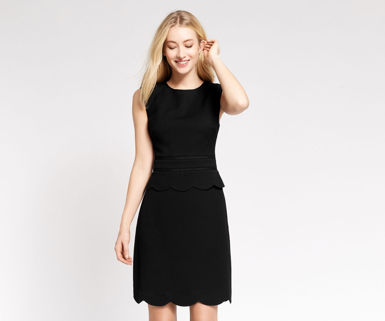 Oasis, SCALLOP SHIFT DRESS Black 1