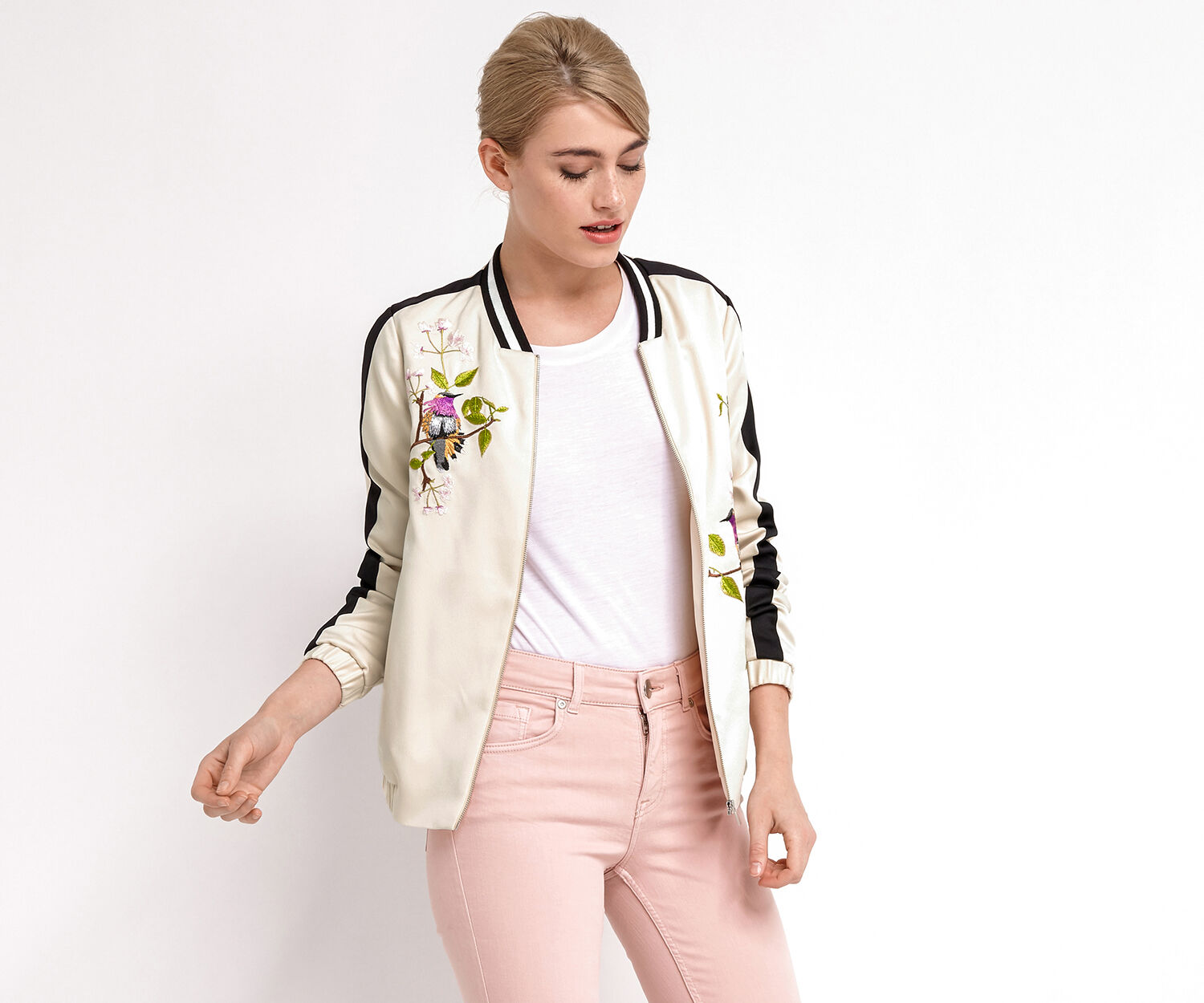 Oasis, TOPAZ BIRD EMBROIDERED BOMBER Multi 1