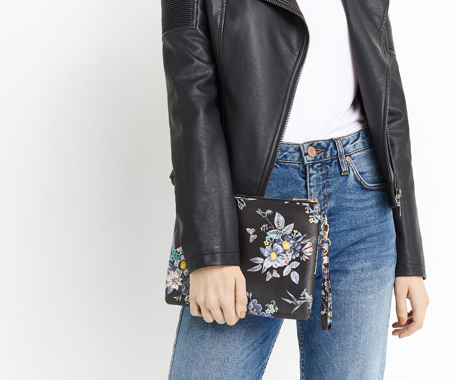 Oasis, SHIPWRECKED PRINTED CLUTCH Multi Black 1
